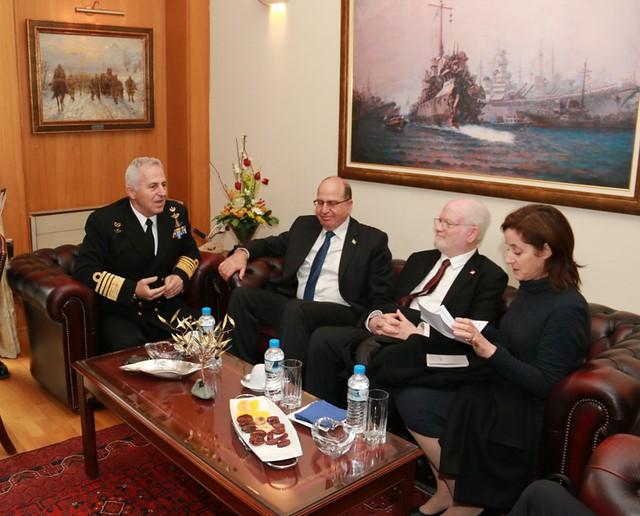 Συνάντηση Αρχηγού ΓΕΕΘΑ με τον ΥΠΑΜ του Ισραήλ