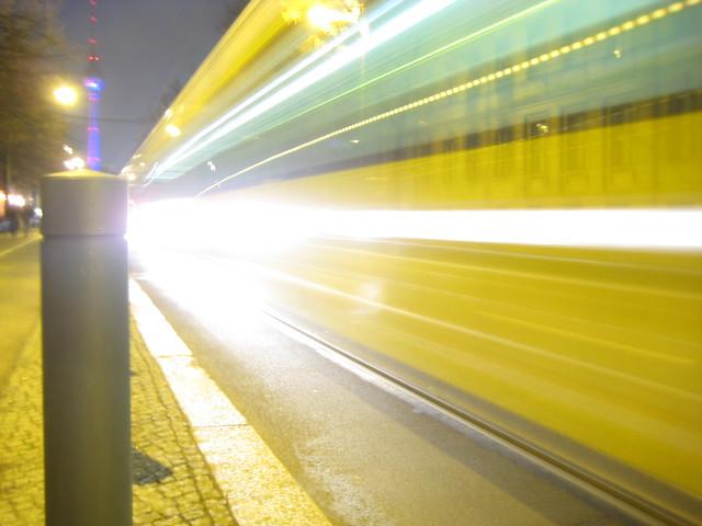 Straßenbahn in der Oranienburger Straße