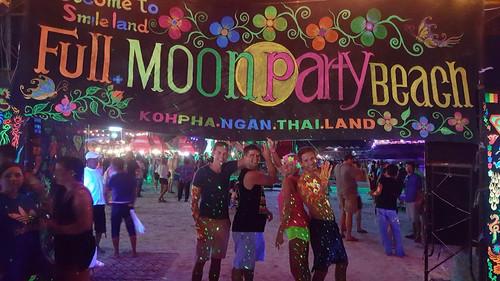 Und Samstag natürlich: Full Moon Party. Philipp war irgendwie den ganzen Abend nicht aufzufiunden...