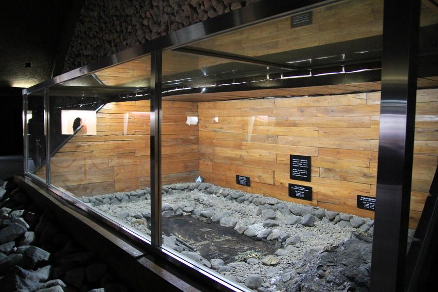 гробницы (2)