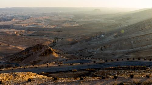 sunset israel sonnenuntergang sundown mount negev streiflicht wildernessofzin desertofzin מדברצין mountzin mounttsin midbartzin