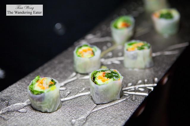 Vegetarian rice wrap roll