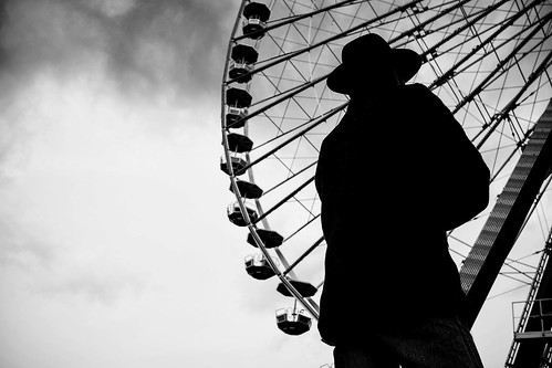 The man in front of the ferris wheel | by Reiner Girsch