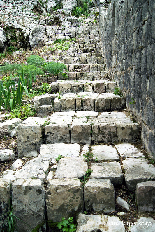 Старинные ступени
