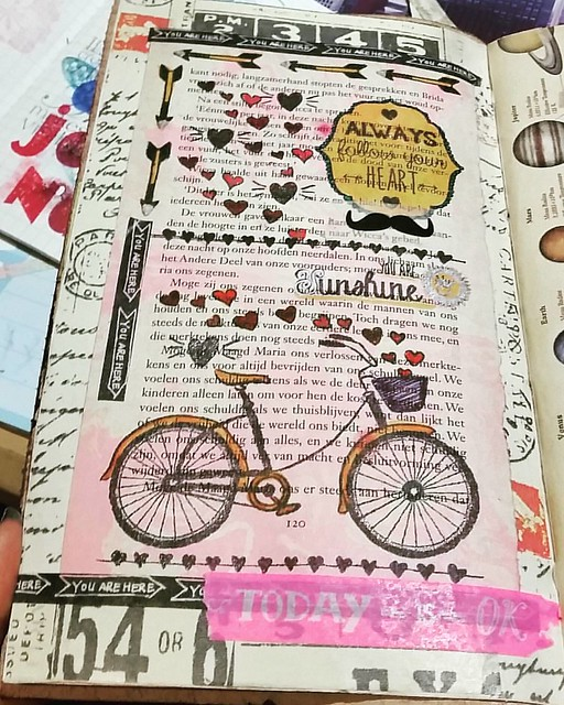 Page in my art journal. I have a lot of these marbled bookpages that I can use for this project.