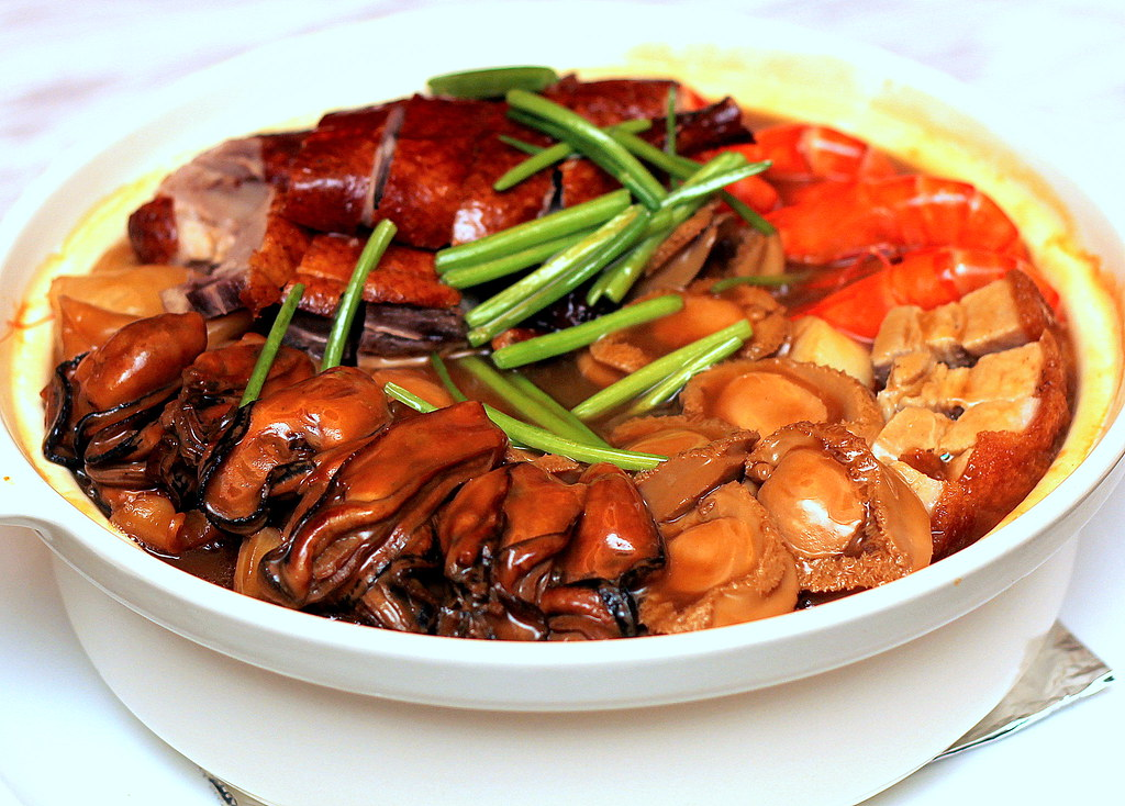 9 Best Chinese Restaurants for Reunion Dinners 2016: Holiday Inn Singapore Atrium