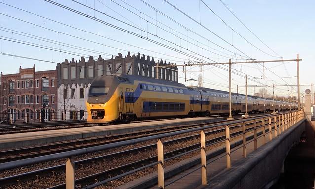 Amersfoort Koppelpoort, VIRM IRM regiorunner Intercity lang 12 bakken