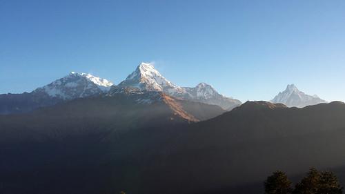 morning nepal mountains himalayas poonhill annapurnasouth punhill fishtailpeak annapurnarange poonhilltrek samsunggalaxys4 mountmachhapuchchhre