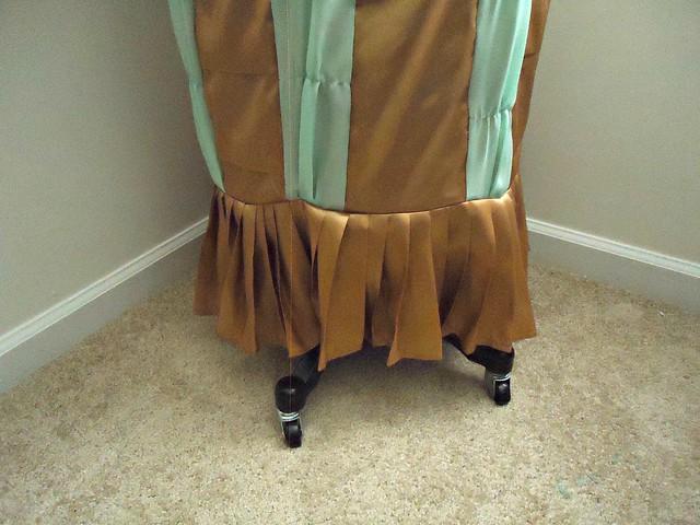 TARDIS skirt pleats