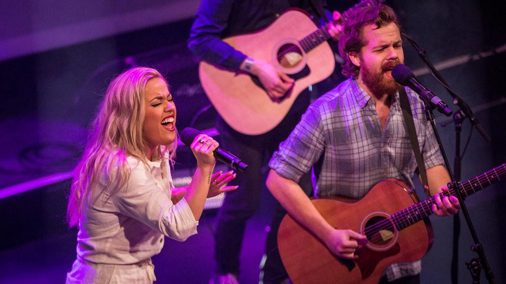 Julie Bergan & Kristian Kristensen - Christine Live 2016