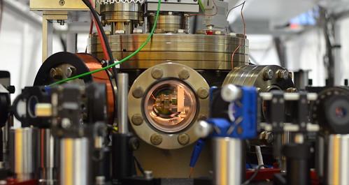 Un motor de un átomo