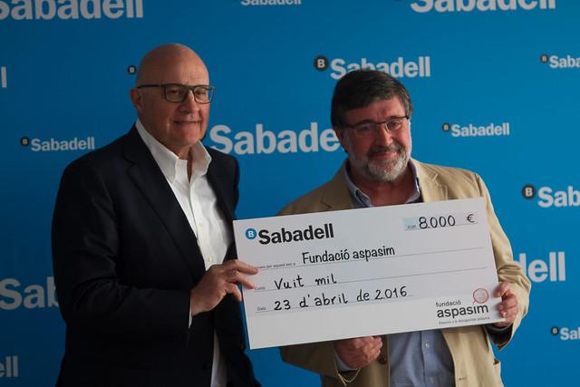 Entrega de los cheques de 'Aces Solidarios'