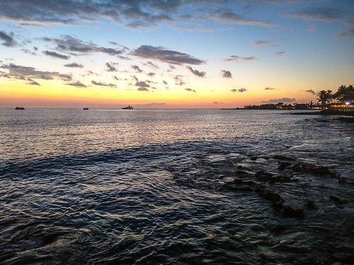 ocean travel sunset sea vacation usa sun tree tourism nature beautiful silhouette landscape island hawaii evening bay coast us big twilight scenery unitedstates pacific dusk scenic peaceful palm exotic hawaiian tropical kona kailua kailuakona