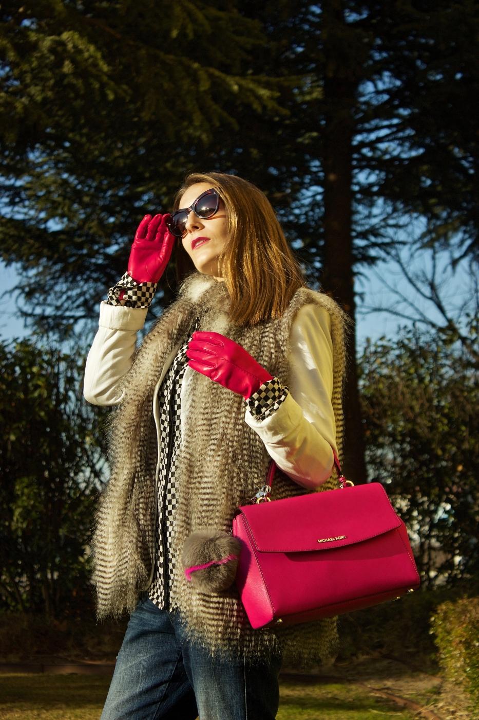 lara-vazquez-madlula-fashionblog-pop-of-fucsia-streetstyle-style-chic