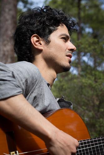 Reynaldo Pulido, Guitarist