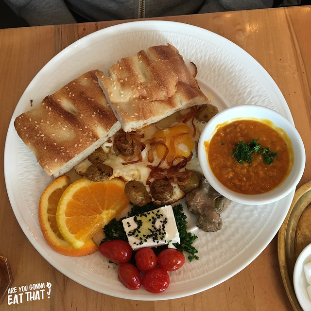 Sharudi, Tavoos Restaurant, Toronto