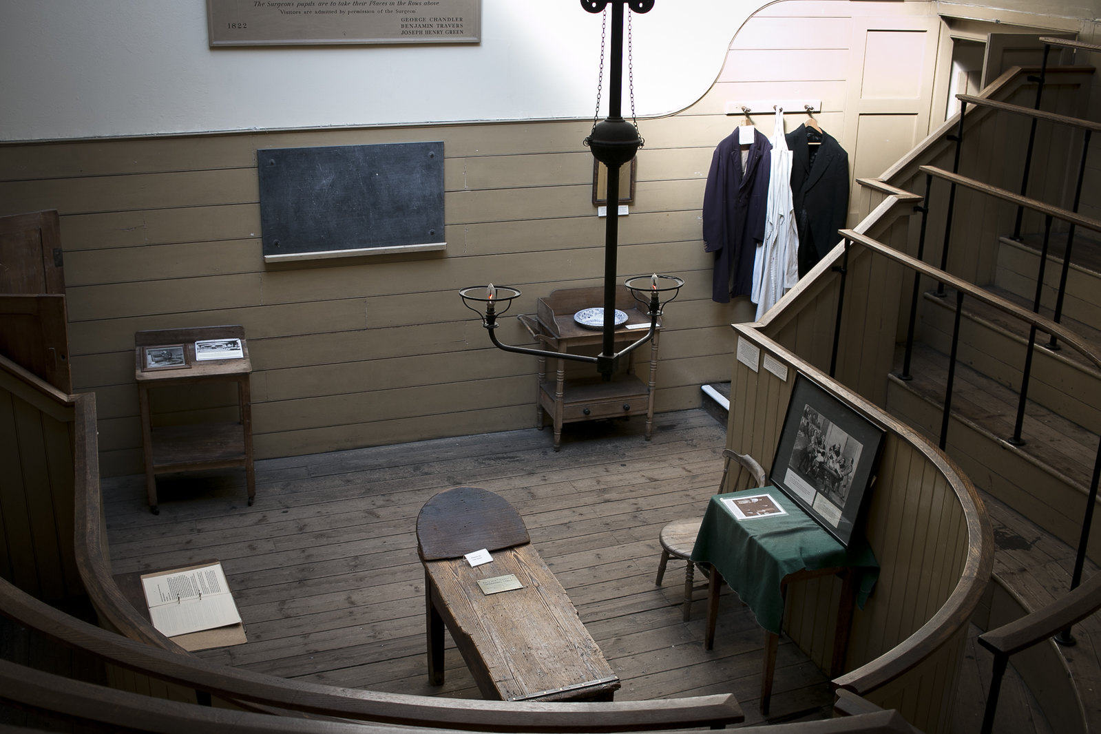 the old operating theatre, st thomas hospital, operating theatre