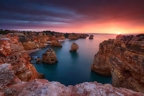 sun seascape portugal sunrise dawn coast magic cliffs algarve praiadamarinha