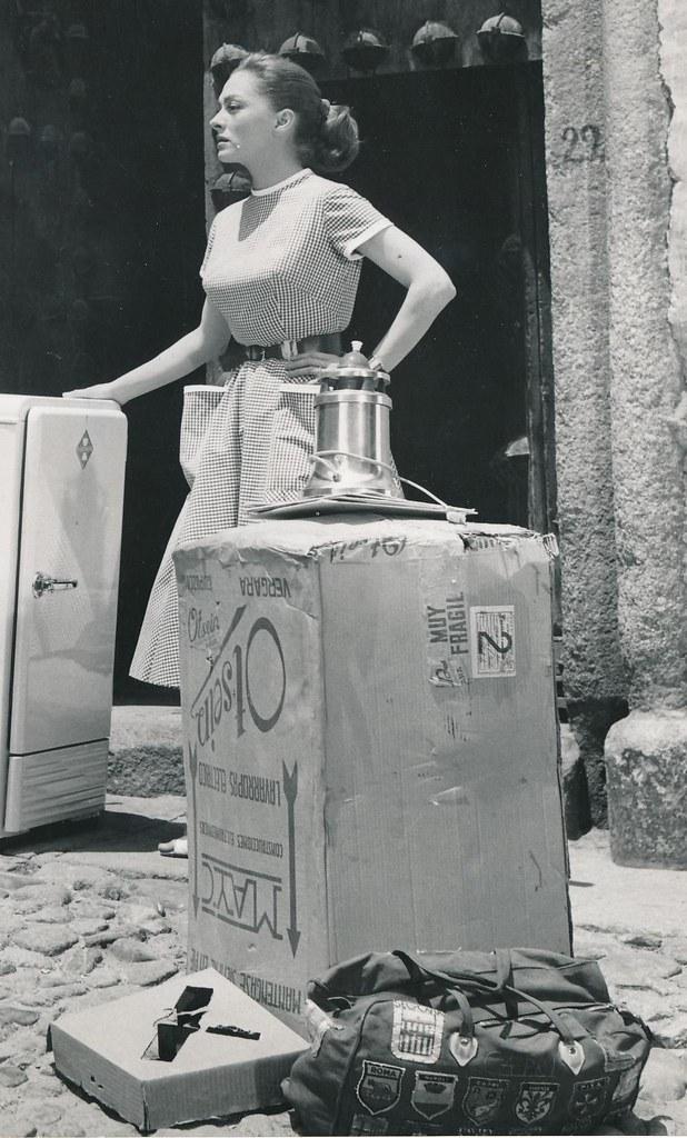Silvia Morgan en Toledo durante el rodaje de Un Americano en Toledo (1960)