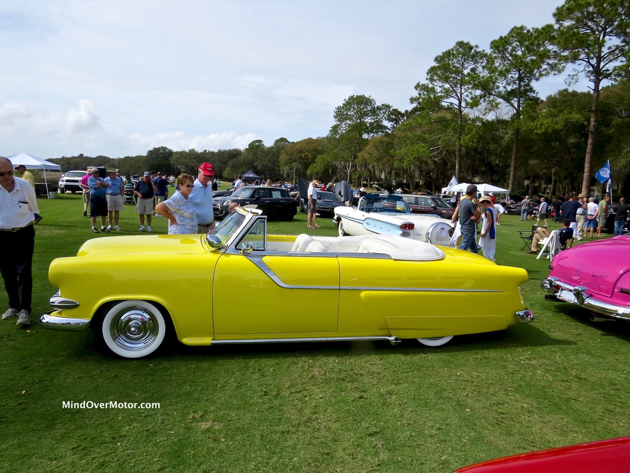1954 Ford Sunliner Profile