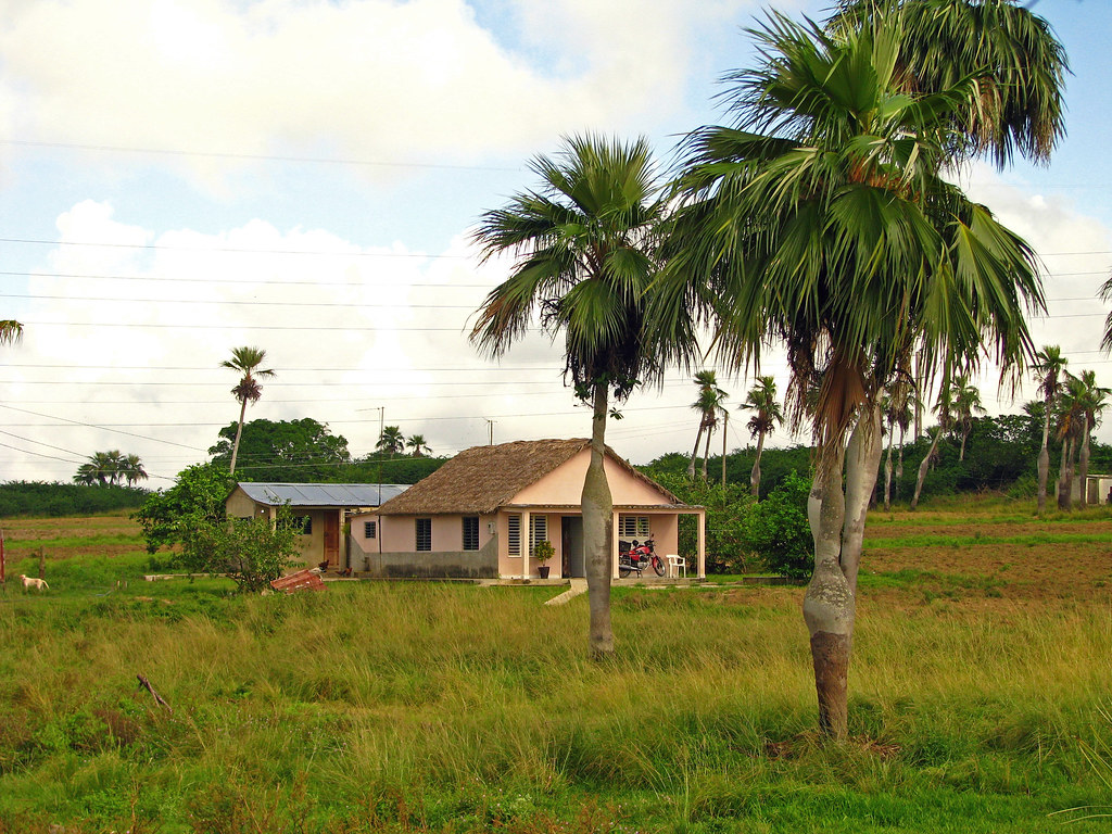 Holiday in Cuba - Driving through Pinar del Rio province