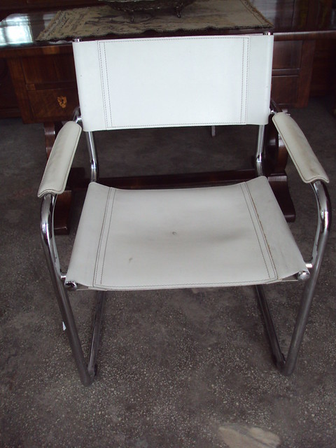 bauhaus design lounge chairs leather and chrome mid century pair 1960 ebay. Black Bedroom Furniture Sets. Home Design Ideas