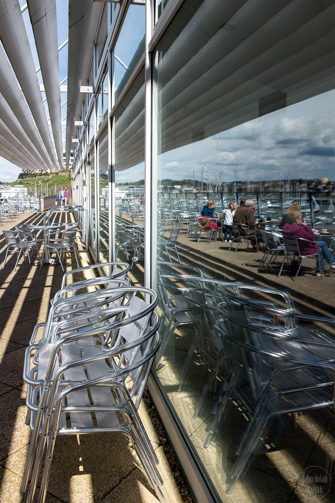 café reflection | torquay