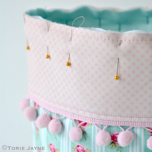Pretty tote sewing tutorial 17