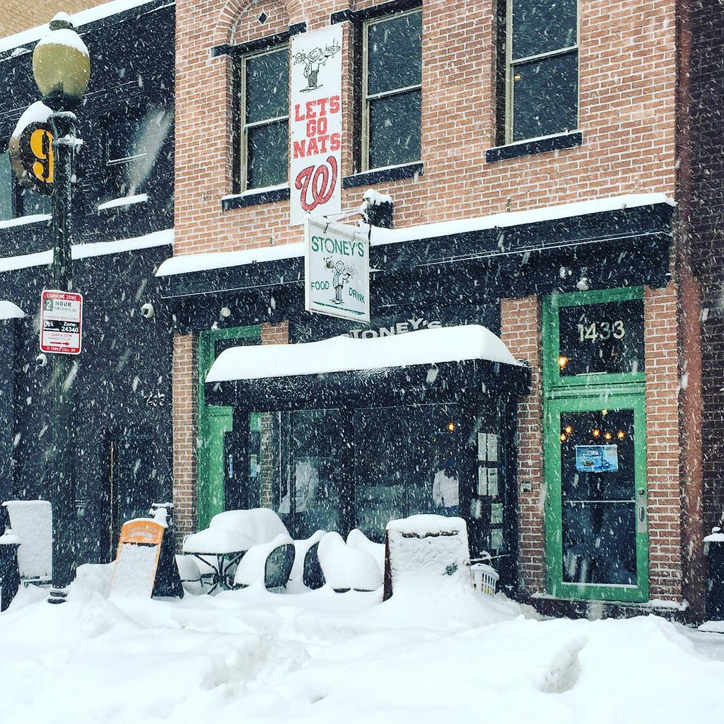 Stoney's is, of course, open for business #IGDC #dcwx #snowzilla