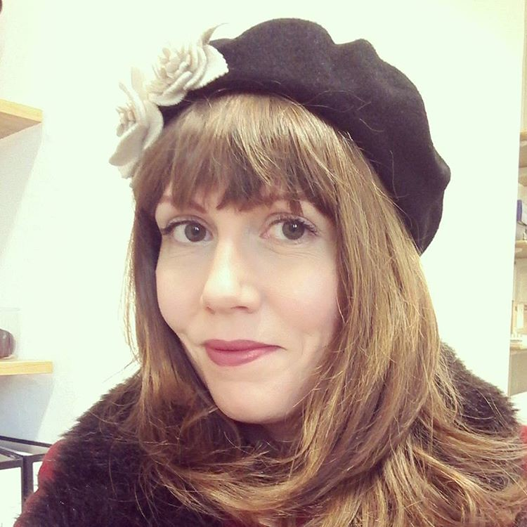 Finally, a cold and DRY day - time to bust out the beret!  Lipstick is Dusty Rose by Besame.  @besameukeurope