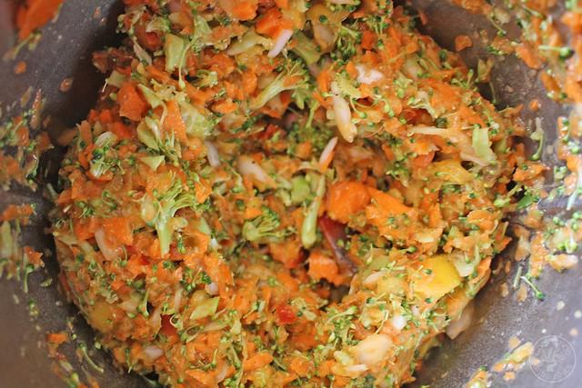 Ensalada de brocoli y zanahoria www.cocinandoentreolivos.com