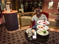#Valentines Day treat from The #Meikles - #hightea and #tour of the hotel + #history lesson of the #hotel and surrounding area 👌