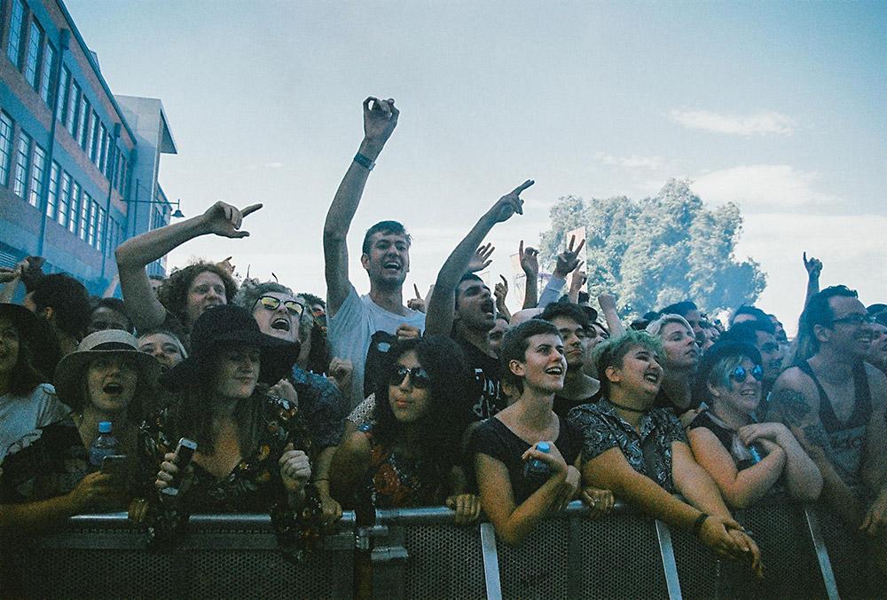 FIDLAR-crowd-(1)
