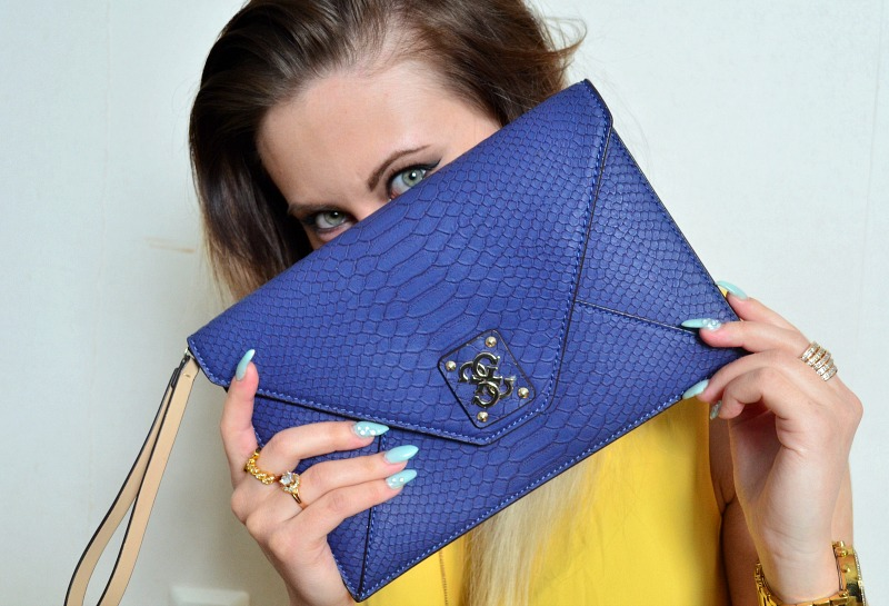 blue clutch guess