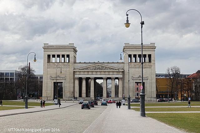 Königsplatz Propyläen