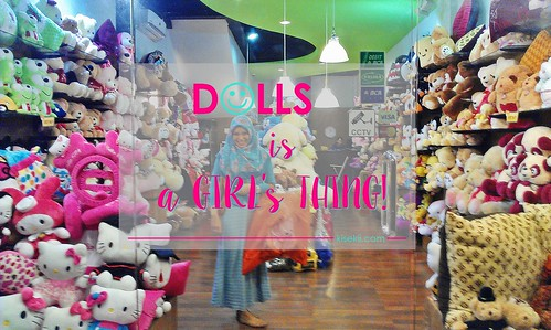 dolls-girl-women