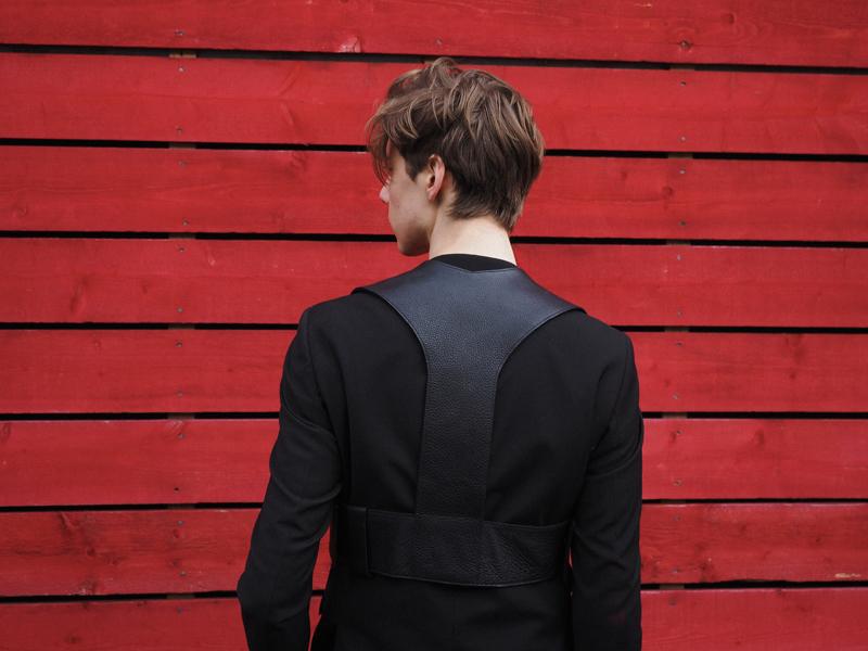 mikkoputtonen_fashionblogger_london_LFW_outfit_mikkoputtonenXgtie_turo_finsklondon_FrennCompany5_web