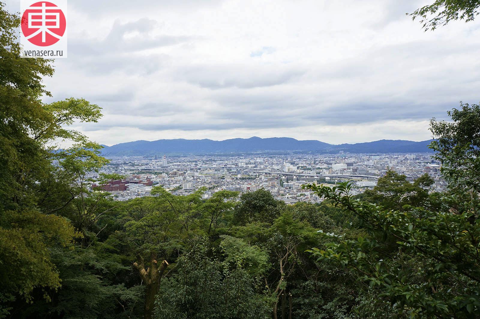 Фусими Инари. Вид с горы, Фусими Инари в Киото, 伏見稲荷, Киото, Kyoto, 京都, Япония, Japan, 日本.