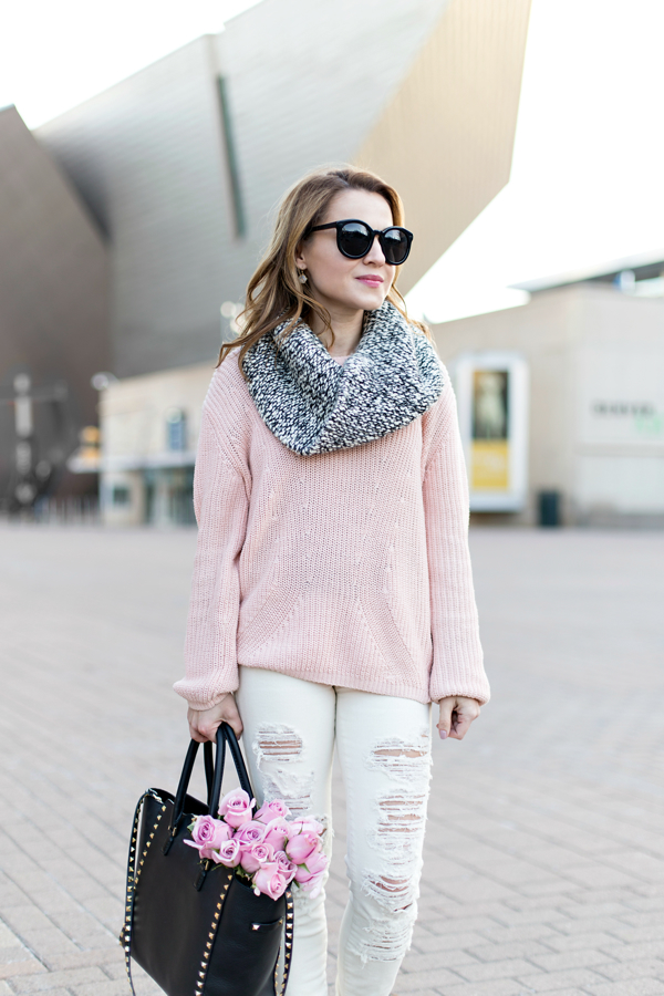 Chunky sweater + distressed J Brand jeans + Valentino tote