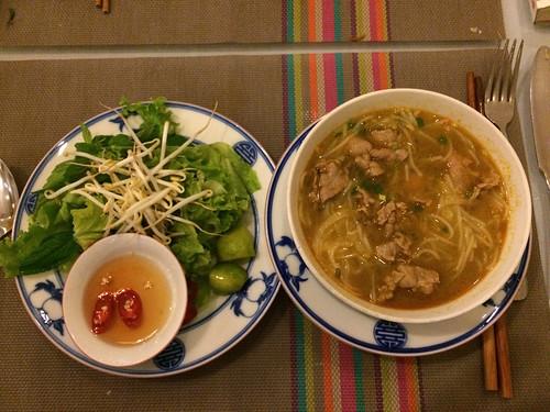 Hué: soupe de nouilles au boeuf
