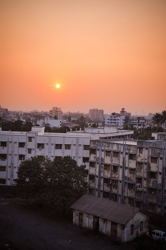 travel sunset summer india building evening nikon cityscape outdoor citystreets gujarat navsari nikond90 haroldbrown bhagavideocom kaliawadi haroldbrowncom photosbhagavideocom harolddashbrowncom
