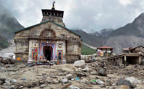 उत्तराखंड बाढ़ से प्रभावित केदारनाथ मंदिर