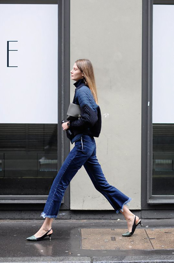cropped flare jeans3