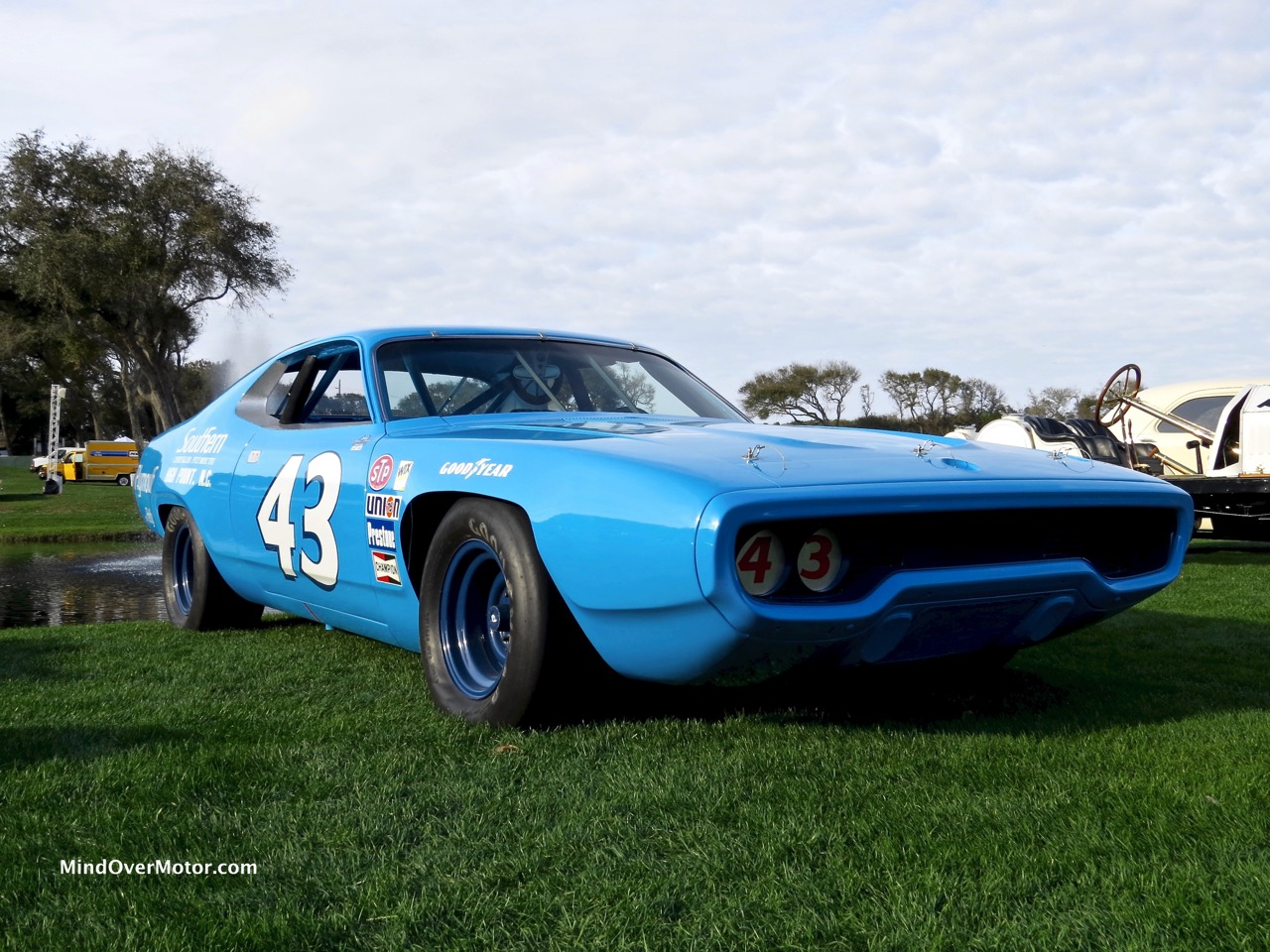 1971 plymouth road runner raced by richard petty at the. Black Bedroom Furniture Sets. Home Design Ideas