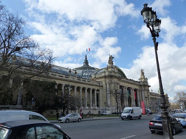 derrière le grand palais