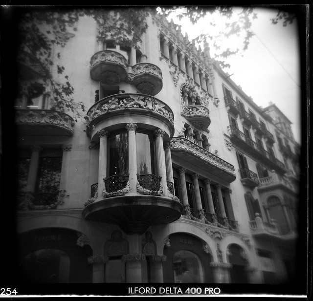 Barcelona - Block of Discord-1
