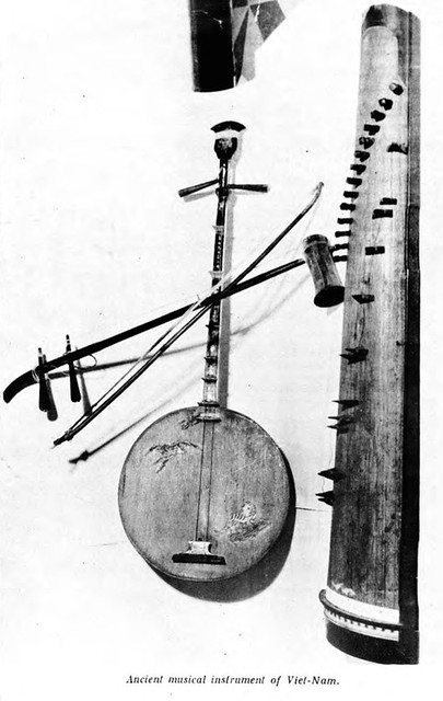 Ancient musical instrument of Viet-Nam - Đàn cổ Việt Nam
