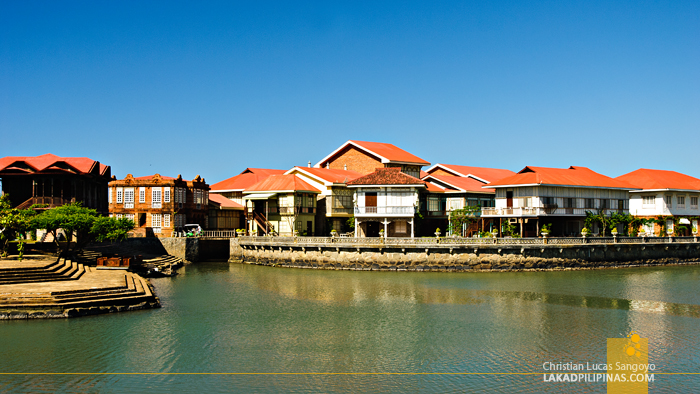 Las Casas Filipinas de Acuzar Houses Across River