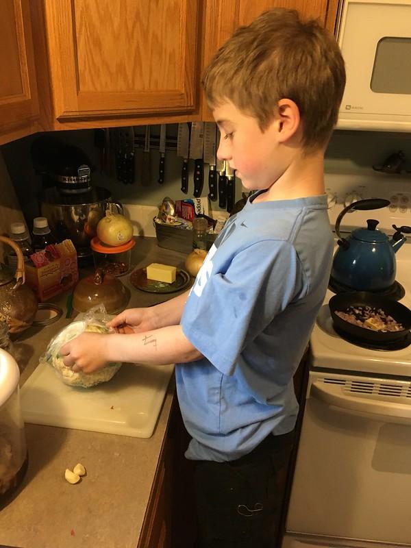 Smj grilled ribeyes and garlic parmesan mashed cauliflower for Weber grillburste