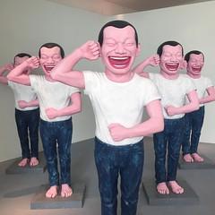 Yue Minjun #contemporaryterracottawarriors #sculpture #bronze #yueminjun #abudhabi #exibition #art #culturaldistrict #emiratiarabi #uae  #museum #enriconavarra #manaratalsaadiyat